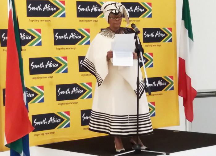 Il discorso del console Titi Nxumalo