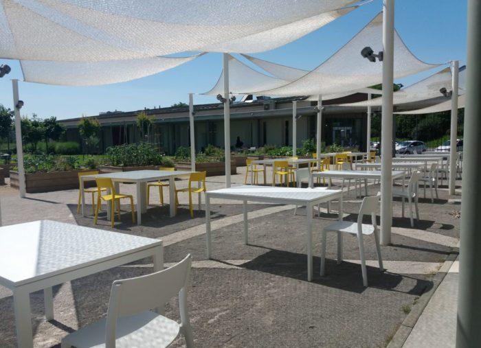 CAKE l'HUB KITCHEN, la Trattoria Moderna, a pranzo e a cena nel giardino del CN l'HUB